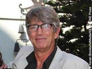Not all that glitters is gold—or deserves gold, as the case may be. Eric Roberts recently defended the Academy's decision three years ago to not reward The Dark Knight with a Best Picture award. After the shutout of Nolan's 2008 film at the Academy Awards, fans of the franchise were upset at what they perceived as an […]